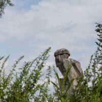 skulpturen weiher bruckner4